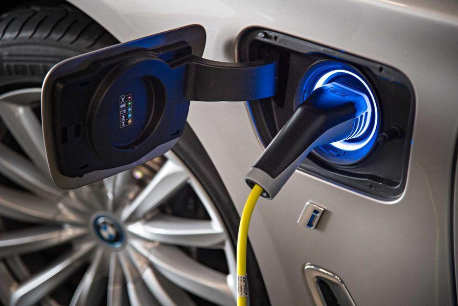 Uber veut payer plus pour inciter les chauffeurs à passer aux véhicules électriques